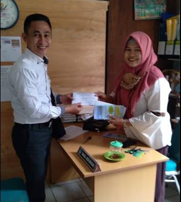 Distribusi Surat Presentasi ke SMA dan SMK